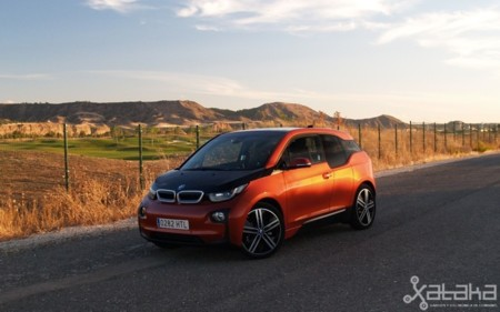 Probamos el BMW i3, un eléctrico que nos adelanta mucho de lo que está por llegar