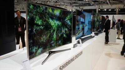 Tizen, nueva tecnología en el panel y diseño curvo: los tres pilares de la gama de televisores SUHD de Samsung
