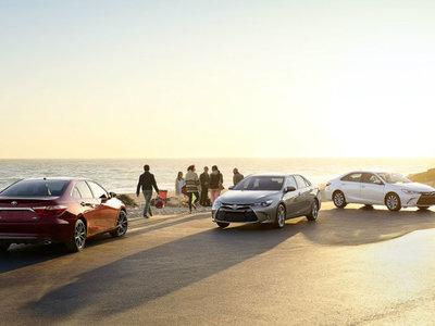 No le eches protector solar a tu coche, mejor apárcalo a la sombra