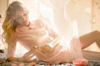 ¿Te apuntas a lucir el cuello bebé?, Patricia Conde ya lo hace