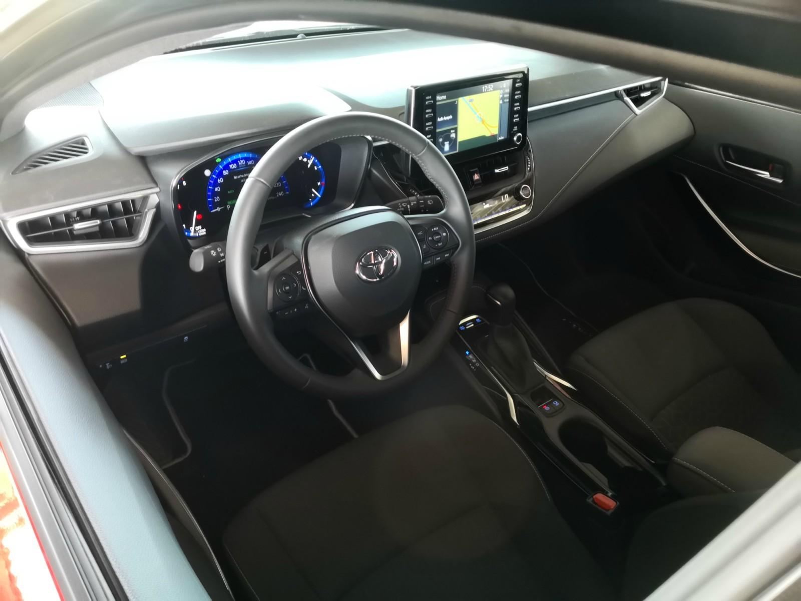 Foto de Toyota Corolla 180H - Fotos interiores (1/17)