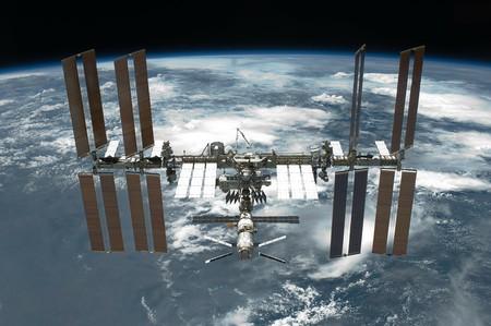 La Estación Espacial Internacional podría recibir a sus tres primeros turistas en 2021