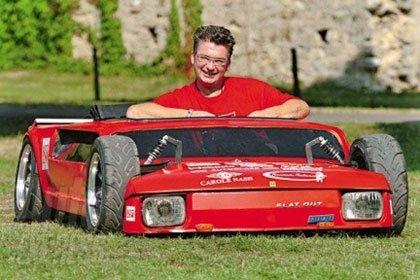 Flat Out, el coche más bajo del mundo