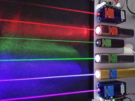 800px Laser
