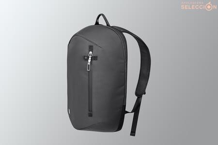 """La mochila antirrobo impermeable Moshi Hexa para portátiles de hasta 15"""" está en Macnificos por menos de 100 euros"""