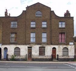 Rehabilitarán la casa londinense que compartieron Rimbaud y Verlaine