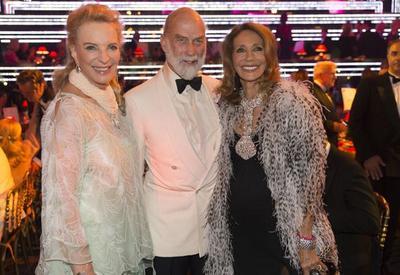 El hijo de Béatrice d'Orléans organiza un gran baile de gala en el Casino de Estoril a favor de la Cruz Roja Portuguesa