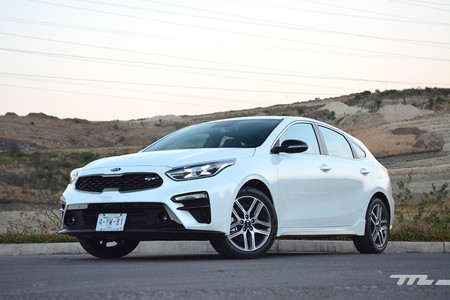 Kia Forte Gt Hatchback 2019 3