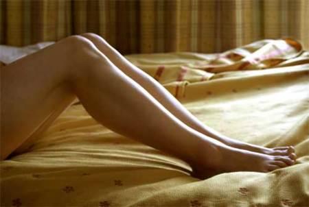 El problema de las piernas al hacer abdominales