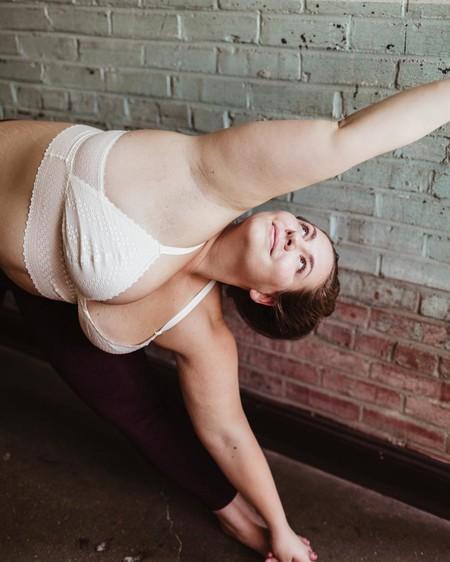 El yoga se vuelve una disciplina mucho más inclusiva con  estas 5 yogis body-positive