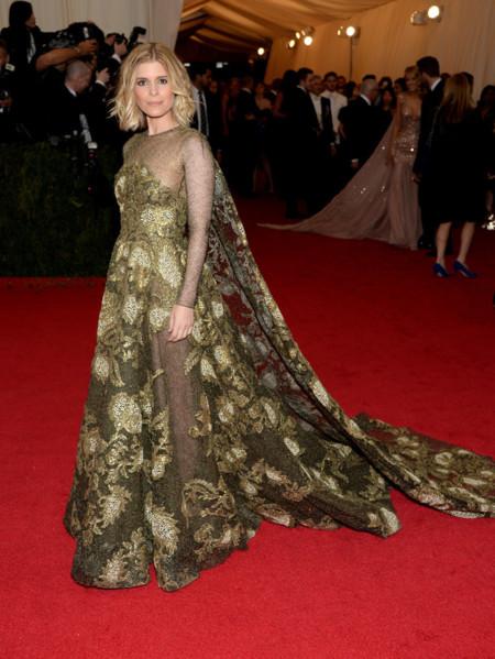 Kate Mara de Valentino Gala MET 2014