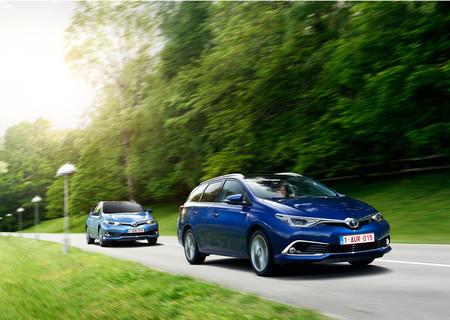 Toyota Auris Hybrid Touring Sports y Toyota Auris Hybrid
