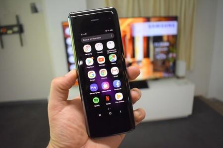 Samsung Galaxy Fold Primeras Impresiones Mexico Pantalla Exterior