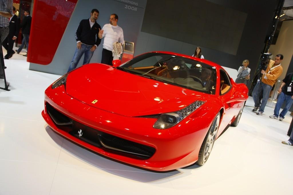 Foto de Ferrari 458 Italia en el Salón de Fráncfort 2009 (2/5)