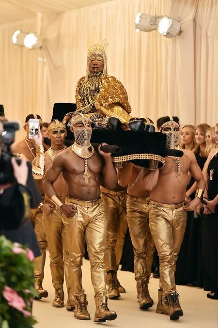 Billy Porter Roba Miradas Con Su Look De Inspiracion Egipcia En La Met Gala De Nueva York