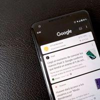 Google sigue expandiendo el modo oscuro en sus aplicaciones: algunos usuarios ya pueden probarlo en Google Feed