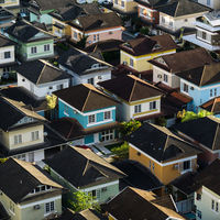 ¿Funciona penalizar a los dueños de casas vacías? Esto es lo que saben nuestros vecinos en Europa
