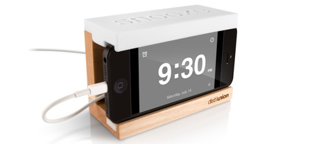 Snooze, base para convertir tu iPhone en reloj de mesa