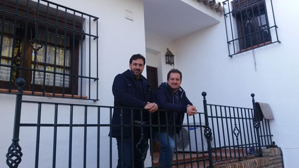 Smart IoT Labs, la startup de Sevilla que ayudó a Telefónica con Aura y desarrolla un mayordomo virtual para el hogar