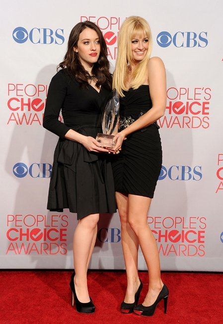 dos-chicas-sin-blanca-pca