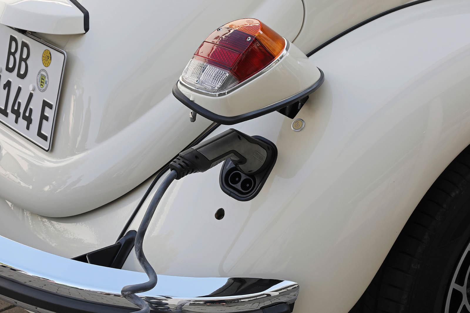 Foto de Volkswagen e-Beetle (13/19)