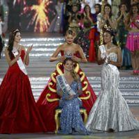 Mireia Lalaguna se corona como Miss Mundo, mientras que en Miss Universo se corona por error