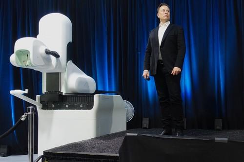 Elon Musk contra el cerebro: qué hay de nuevo y qué no en los avances que ha presentado Neuralink