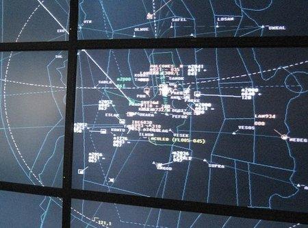 Miles de pasajeros afectados por el abandono de los controladores aéreos