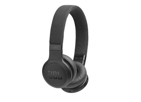 Oferta en Amazon en los auriculares de diadema JBL LIVE 400BT: están rebajados a su precio mínimo de 81,44 euros