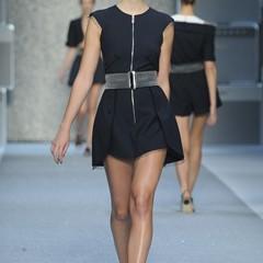 Foto 9 de 15 de la galería karl-lagerfeld-primavera-verano-2010-en-la-semana-de-la-moda-de-paris en Trendencias