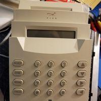 Así es cómo en los 90 alguien creyó que combinar un fax con una disquetera era buena idea