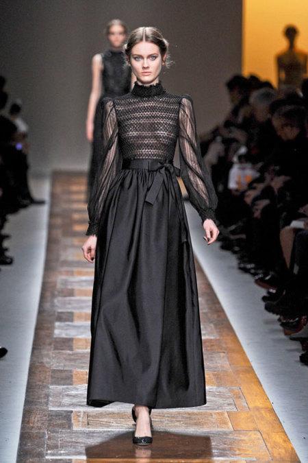 Valentino vestido negro