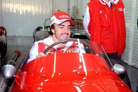 Fernando Alonso ve cinco equipos luchando por las primeras victorias