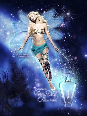 Paris Hilton se convierte en hada para anunciar su nuevo perfume