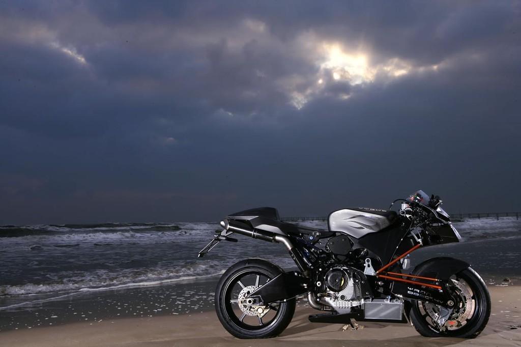 Foto de Vyrus 987 C3 4V, la moto más ligera del mundo en su categoría (3/5)