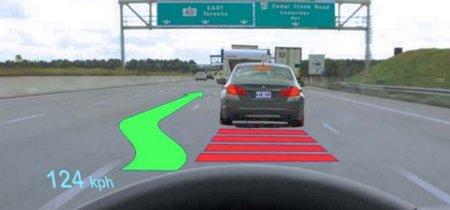 ¿Son los coches con HUD más seguros? Un estudio de la Universidad de Toronto apunta a que no
