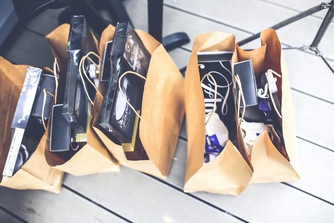 Gift Brown Shopping Market