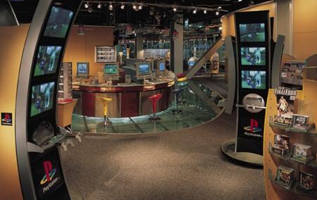 Hubo una época en la que PlayStation Store no era digital, sino física: la Meca de los fans de PlayStation