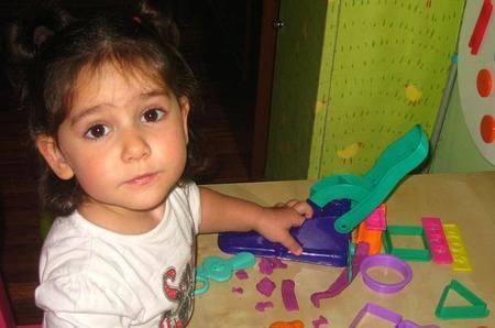 La foto de tu bebé: Ixone descubre los cachivaches