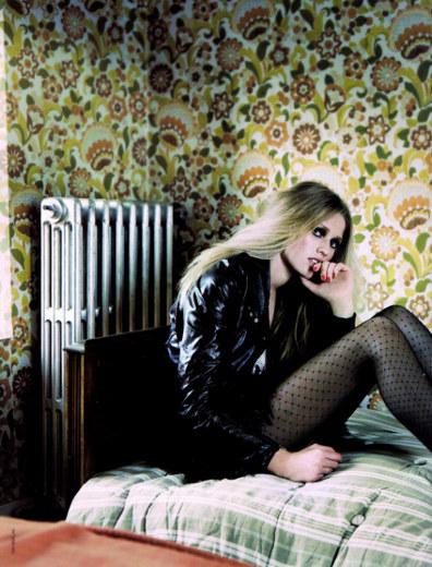 Foto de Toni Garrn, estilo alemán sobre las pasarelas (15/19)