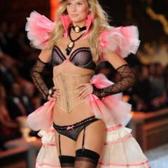 Foto 18 de 57 de la galería el-desfile-victorias-secret-fashion-2011-todas-las-imagenes en Trendencias