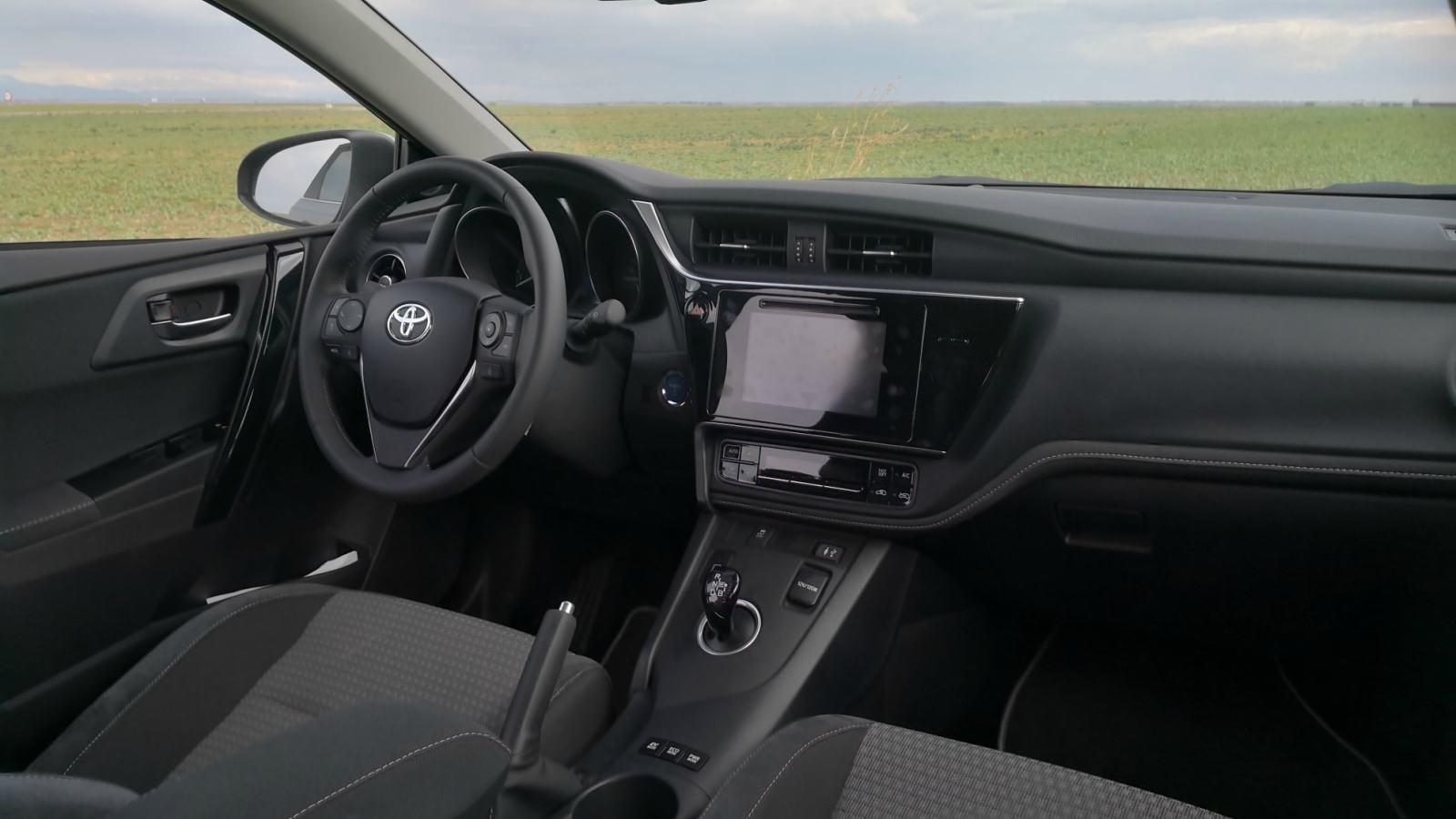 Foto de Toyota Auris hybrid Feel! Edition - Fotos interiores (1/18)