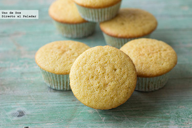 Receta básica de cupcakes de vainilla para decorar