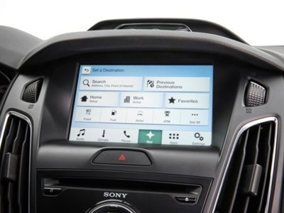 Ford se apunta a Android Auto y a Apple CarPlay, sus coches soportarán ambas opciones