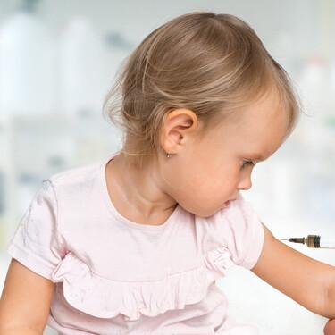 Los pediatras insisten en la necesidad de tener un calendario de vacunación único para todos los niños de España