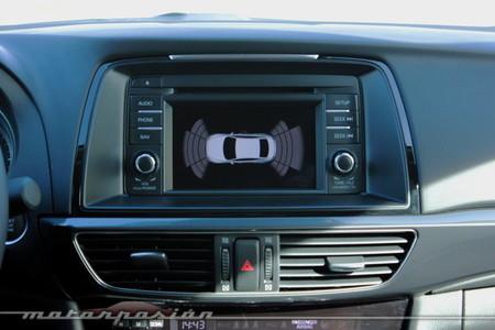 Mazda6, sensores de aparcamiento