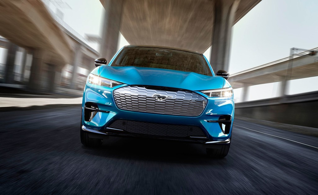 ¡Todo vendido! El Ford Mustang Mach-E eléctrico agota en nueve días su versión de lanzamiento
