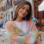 Siete chaquetas de punto de colores (muchas de rebajas) para aportar vitalidad a tu look en los días de invierno