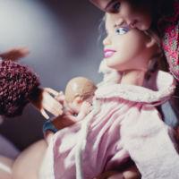 Las increíbles fotos del parto en casa de ¡Barbie!