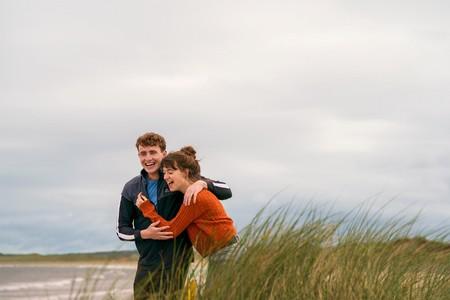 """La serie romántica """"Normal People"""" llega por fin a España. Te contamos dónde puedes ver una de las ficciones de moda del verano"""
